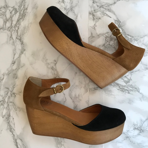 435f2301c5d7 M 5aeb58493b16089d7f984d44. Other Shoes you may like. Madewell Drea Wylie  Brown Leather Sandal Wedges 9